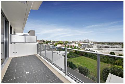 LUXURY ONE BEDROOM APARTMENT FULLY FURNISHED!