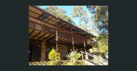 5 Bedroom House - Tranquil Private Setting in North Gosford