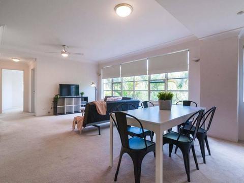 2 Bedroom Apartment - Beach Suburb