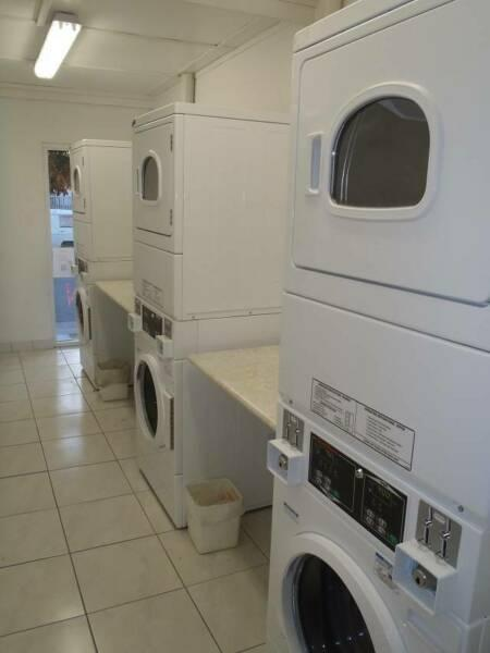 Coin Laundromat 3 Bedroom Residence