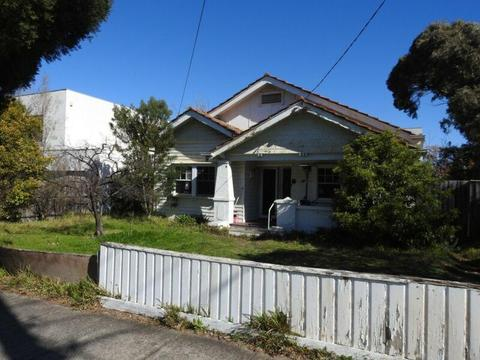 Two Bedroom Californian Bungalow for Sale (relocation)
