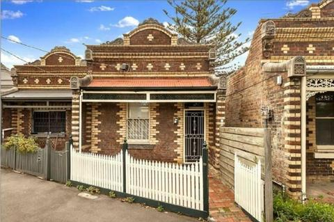 Two Bedroom Terrace House in Fitzroy North
