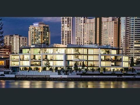 1 Bedroom Penthouse Apartment in Surfers Paradise for Rent