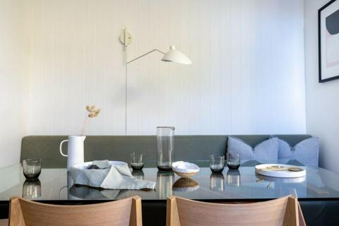 Cooks Hill Terrace for Rent, a stones throw from Darby st